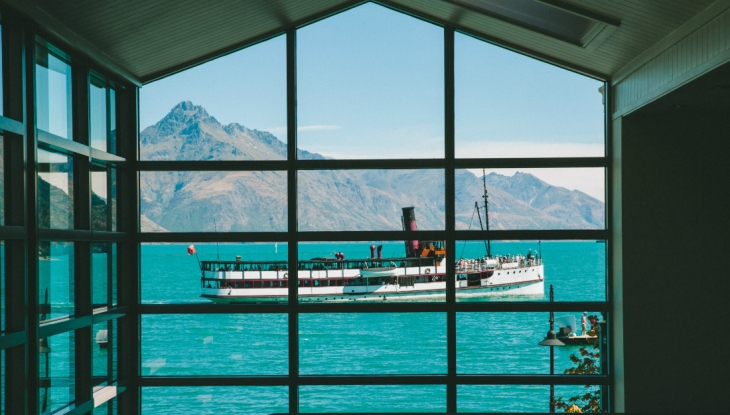 Eichardts Private Hotel Queenstown, lobby with TSS Earnslaw