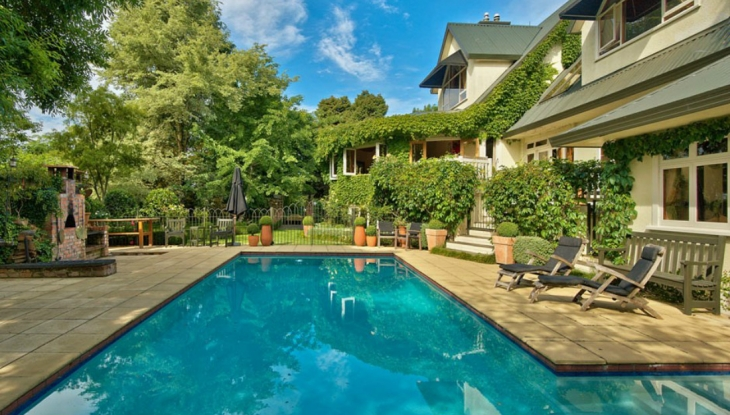 Wairepo House, pool, Nelson
