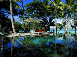 Dolphin Island - Eight-night Pacific Time Package 2017-2018