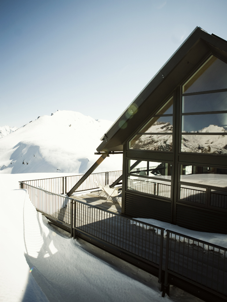 Whare Kea Chalet in winter