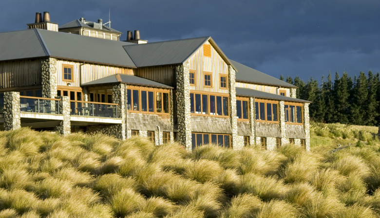 Terrace downs resort new zealand luxury south pacific for Terrace downs