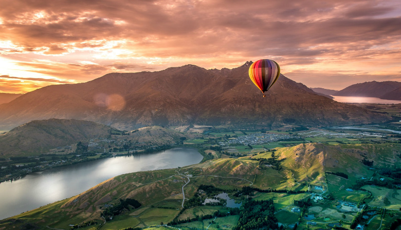 Hot Air Balloon Ride, New Zealand