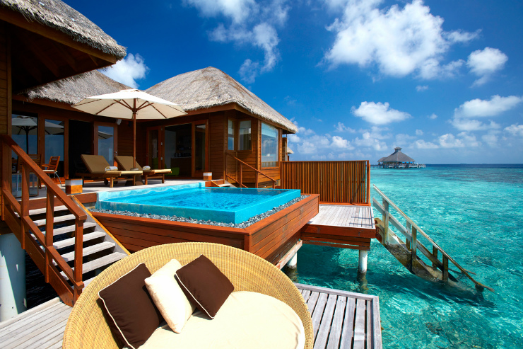 If Its Overwater Bungalows You Are Looking For Then There More Options In Tahiti Fiji Curly Has Only Two Luxury Resorts With Over Water Bure
