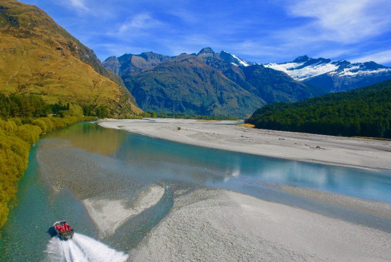 Mt Aspiring National Park, Jet boat & hike