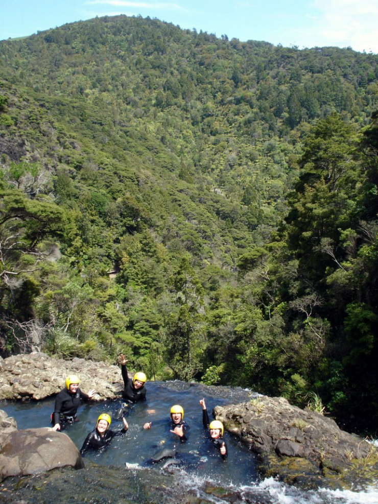 Canyoning Spelunking Piha, Auckland